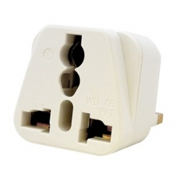 Universal to UK Travel Adapter